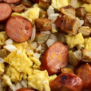 Scrambled Eggs, Chicken Sausages & Beans